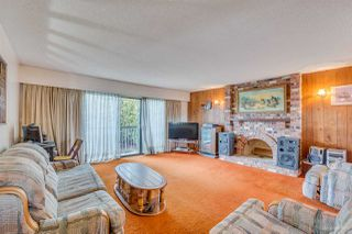 Photo 2: 3960 WILLIAM Street in Burnaby: Willingdon Heights House for sale (Burnaby North)  : MLS®# R2435946