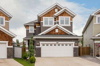 Photo 2: 7704 19 Avenue in Edmonton: Zone 53 House for sale : MLS®# E4203964