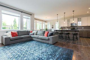 Photo 5: 7704 19 Avenue in Edmonton: Zone 53 House for sale : MLS®# E4203964