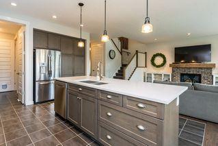 Photo 10: 7704 19 Avenue in Edmonton: Zone 53 House for sale : MLS®# E4203964