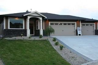 Photo 3: 1731 - 23rd Street NE in Salmon Arm: Lakeview Meadows Residential Detached for sale : MLS®# 9198925