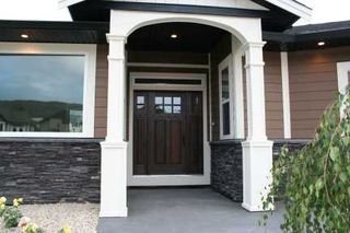 Photo 2: 1731 - 23rd Street NE in Salmon Arm: Lakeview Meadows Residential Detached for sale : MLS®# 9198925