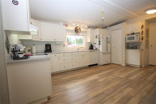 "Photo 2: 261 27111 0 Avenue in Langley: Aldergrove Langley Manufactured Home for sale in ""Pioneer Park"" : MLS®# R2471117"