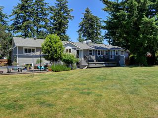 Photo 40: 1907 San Juan Ave in Saanich: SE Gordon Head Single Family Detached for sale (Saanich East)  : MLS®# 842889