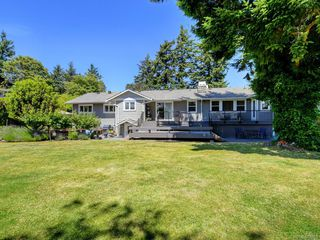 Photo 38: 1907 San Juan Ave in Saanich: SE Gordon Head Single Family Detached for sale (Saanich East)  : MLS®# 842889