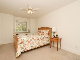Photo 32: 1907 San Juan Ave in Saanich: SE Gordon Head Single Family Detached for sale (Saanich East)  : MLS®# 842889