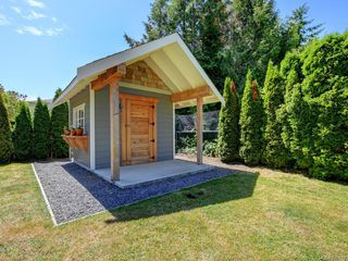 Photo 39: 1907 San Juan Ave in Saanich: SE Gordon Head Single Family Detached for sale (Saanich East)  : MLS®# 842889