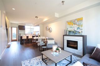 "Photo 5: 6174 OAK Street in Vancouver: Oakridge VW Townhouse for sale in ""OAK"" (Vancouver West)  : MLS®# R2486796"