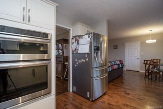 Photo 6: 489 Ponderosa Pl in : CR Campbell River Central House for sale (Campbell River)  : MLS®# 853730
