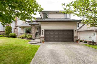 Photo 1: 21540 86A CRESCENT in Langley: Walnut Grove House for sale : MLS®# R2479128