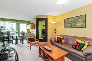 "Photo 3: 305 1150 E 29TH Street in North Vancouver: Lynn Valley Condo for sale in ""Highgate"" : MLS®# R2497351"