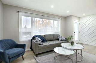 Photo 6: 704 104 Avenue SW in Calgary: Southwood Detached for sale : MLS®# A1045331