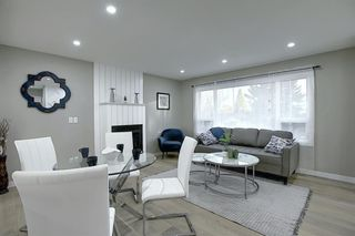Photo 9: 704 104 Avenue SW in Calgary: Southwood Detached for sale : MLS®# A1045331