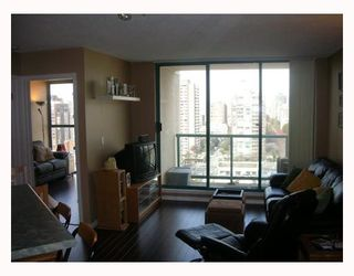 "Photo 21: 789 DRAKE Street in Vancouver: Downtown VW Condo for sale in ""CENTURY TOWER"" (Vancouver West)  : MLS®# V637560"