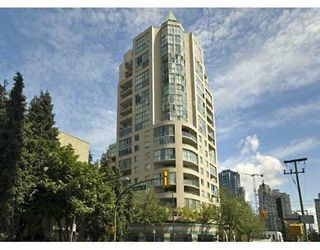 "Photo 1: 789 DRAKE Street in Vancouver: Downtown VW Condo for sale in ""CENTURY TOWER"" (Vancouver West)  : MLS®# V637560"