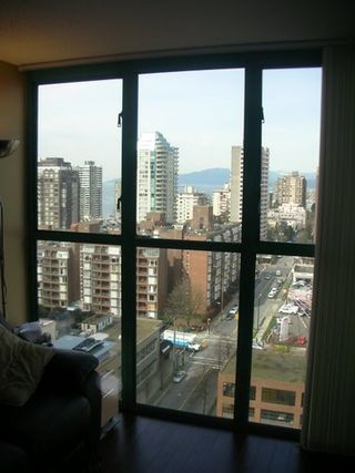 "Photo 9: 789 DRAKE Street in Vancouver: Downtown VW Condo for sale in ""CENTURY TOWER"" (Vancouver West)  : MLS®# V637560"