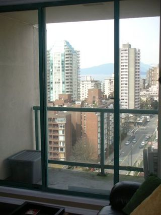 "Photo 12: 789 DRAKE Street in Vancouver: Downtown VW Condo for sale in ""CENTURY TOWER"" (Vancouver West)  : MLS®# V637560"