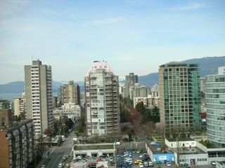 "Photo 15: 789 DRAKE Street in Vancouver: Downtown VW Condo for sale in ""CENTURY TOWER"" (Vancouver West)  : MLS®# V637560"