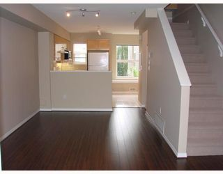"Photo 3: 50 7111 LYNNWOOD Drive in Richmond: Granville Townhouse for sale in ""LAURELWOOD"" : MLS®# V662822"