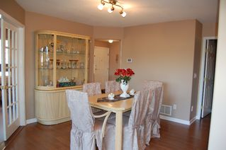 Photo 3: 28 1255 Riverside Drive in Port Coquitlam: Townhouse for sale