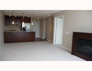 "Photo 5: 313 7088 SALIBURY BB in Burnaby: VBSHG Condo for sale in ""WEST"" (Burnaby South)  : MLS®# V716077"