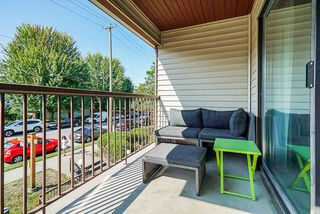 """Photo 16: 305 2045 FRANKLIN Street in Vancouver: Hastings Condo for sale in """"Harbormount"""" (Vancouver East)  : MLS®# R2395605"""
