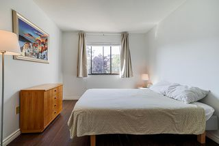 """Photo 12: 305 2045 FRANKLIN Street in Vancouver: Hastings Condo for sale in """"Harbormount"""" (Vancouver East)  : MLS®# R2395605"""