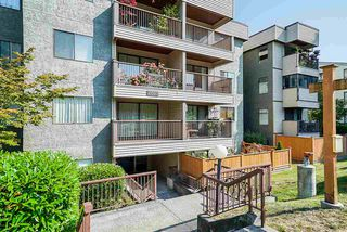 """Photo 2: 305 2045 FRANKLIN Street in Vancouver: Hastings Condo for sale in """"Harbormount"""" (Vancouver East)  : MLS®# R2395605"""