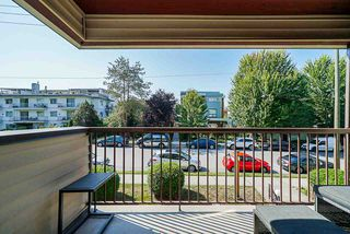 """Photo 17: 305 2045 FRANKLIN Street in Vancouver: Hastings Condo for sale in """"Harbormount"""" (Vancouver East)  : MLS®# R2395605"""