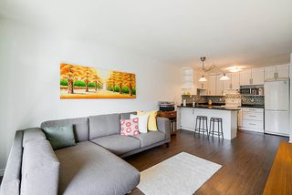 """Photo 11: 305 2045 FRANKLIN Street in Vancouver: Hastings Condo for sale in """"Harbormount"""" (Vancouver East)  : MLS®# R2395605"""