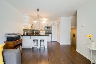 """Photo 10: 305 2045 FRANKLIN Street in Vancouver: Hastings Condo for sale in """"Harbormount"""" (Vancouver East)  : MLS®# R2395605"""
