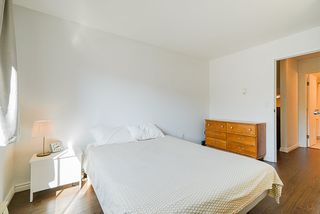 """Photo 13: 305 2045 FRANKLIN Street in Vancouver: Hastings Condo for sale in """"Harbormount"""" (Vancouver East)  : MLS®# R2395605"""
