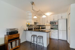 """Photo 4: 305 2045 FRANKLIN Street in Vancouver: Hastings Condo for sale in """"Harbormount"""" (Vancouver East)  : MLS®# R2395605"""