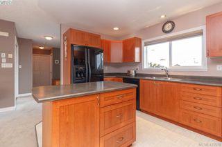 Photo 13: 4341 Shelbourne St in VICTORIA: SE Gordon Head House for sale (Saanich East)  : MLS®# 835438