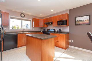Photo 16: 4341 Shelbourne St in VICTORIA: SE Gordon Head House for sale (Saanich East)  : MLS®# 835438