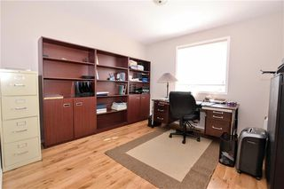 Photo 16: 61 Litchfield Boulevard in Winnipeg: Residential for sale (1E)  : MLS®# 202010676