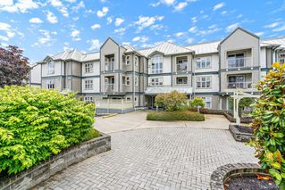 Photo 1: 305 3008 Washington Ave in : Vi Burnside Condo for sale (Victoria)  : MLS®# 854918