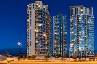 Main Photo: 502 77 SPRUCE Place SW in Calgary: Spruce Cliff Apartment for sale : MLS®# A1062924