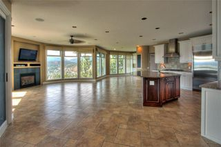 Photo 4: 2142 Breckenridge Court in Kelowna: Other for sale (Dilworth Mountain)  : MLS®# 10012702