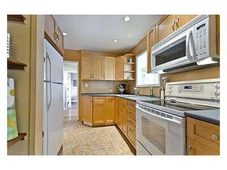 "Photo 5: 1422 DENT AV in Burnaby: Willingdon Heights House for sale in ""WILLINGDON HEIGHTS"" (Burnaby North)  : MLS®# V901749"