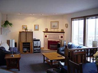 Photo 3: 1185 FLETCHER WY in Port_Coquitlam: Citadel PQ House for sale (Port Coquitlam)  : MLS®# V372062