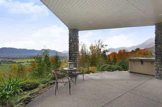 "Photo 24: 281 51075 FALLS Court in Chilliwack: Eastern Hillsides House for sale in ""EMERALD RIDGE"" : MLS®# R2413892"
