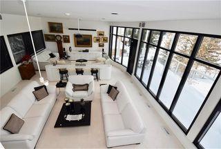 Photo 3: 31 Dumbarton Boulevard in Winnipeg: Tuxedo Residential for sale (1E)  : MLS®# 202004483