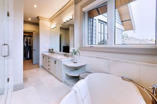 Photo 17: 2555 W 33RD Avenue in Vancouver: MacKenzie Heights House for sale (Vancouver West)  : MLS®# R2489633