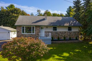 Photo 4: 262 Crawford Street in Barrie: Ardagh House for sale