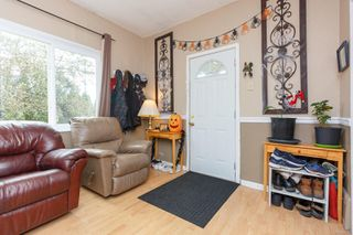Photo 2: 504 7th St in : Na South Nanaimo House for sale (Nanaimo)  : MLS®# 859274