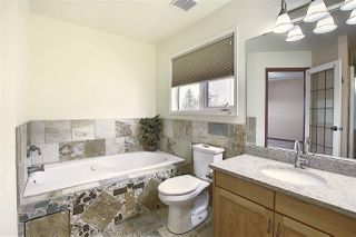 Photo 22: 724 REVELL Crescent in Edmonton: Zone 14 House for sale : MLS®# E4220065