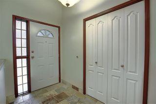 Photo 3: 724 REVELL Crescent in Edmonton: Zone 14 House for sale : MLS®# E4220065