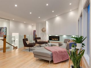 Photo 17: 3724 KERRYDALE Road SW in Calgary: Rutland Park Detached for sale : MLS®# A1051178