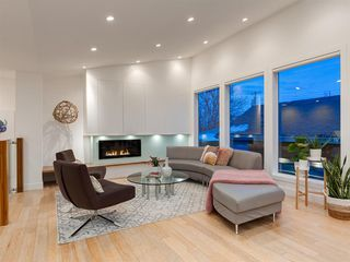 Photo 16: 3724 KERRYDALE Road SW in Calgary: Rutland Park Detached for sale : MLS®# A1051178